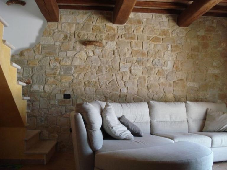 Rivestimento in pietra delle pareti  Architetto DIGITALE