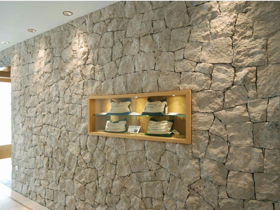 Pareti interne in pietra naturale